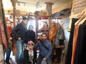 Visita a Talleres artesanos de un grupo de estudiantes de Tanger