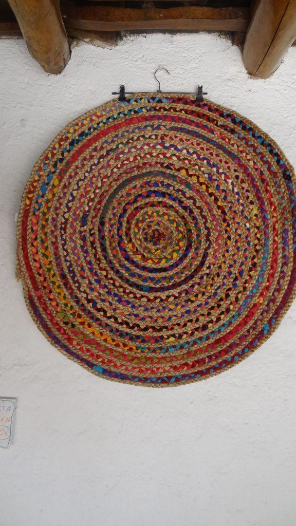 Jarapa alfombra redonda de yute con tela