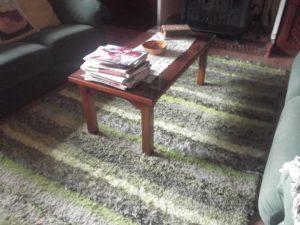 Jarapa, alfombra alpujarreña en tonos verdes claros, destinado a multitud de sitios de la casa