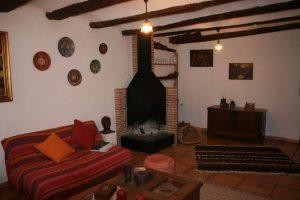 Jarapa, alfombra alpujarreña en color marrón para salón