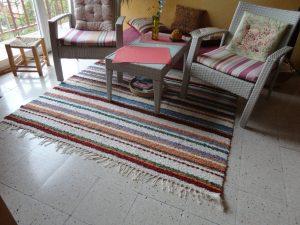 Jarapa artesana en colorines, ideal para cualquier sitio de la casa
