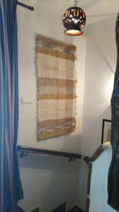 Una jarapa lo mismo es para una alfombra que para tapiz en las paredes