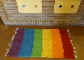 (Español) Jarapa con los colores de la bandera gays.